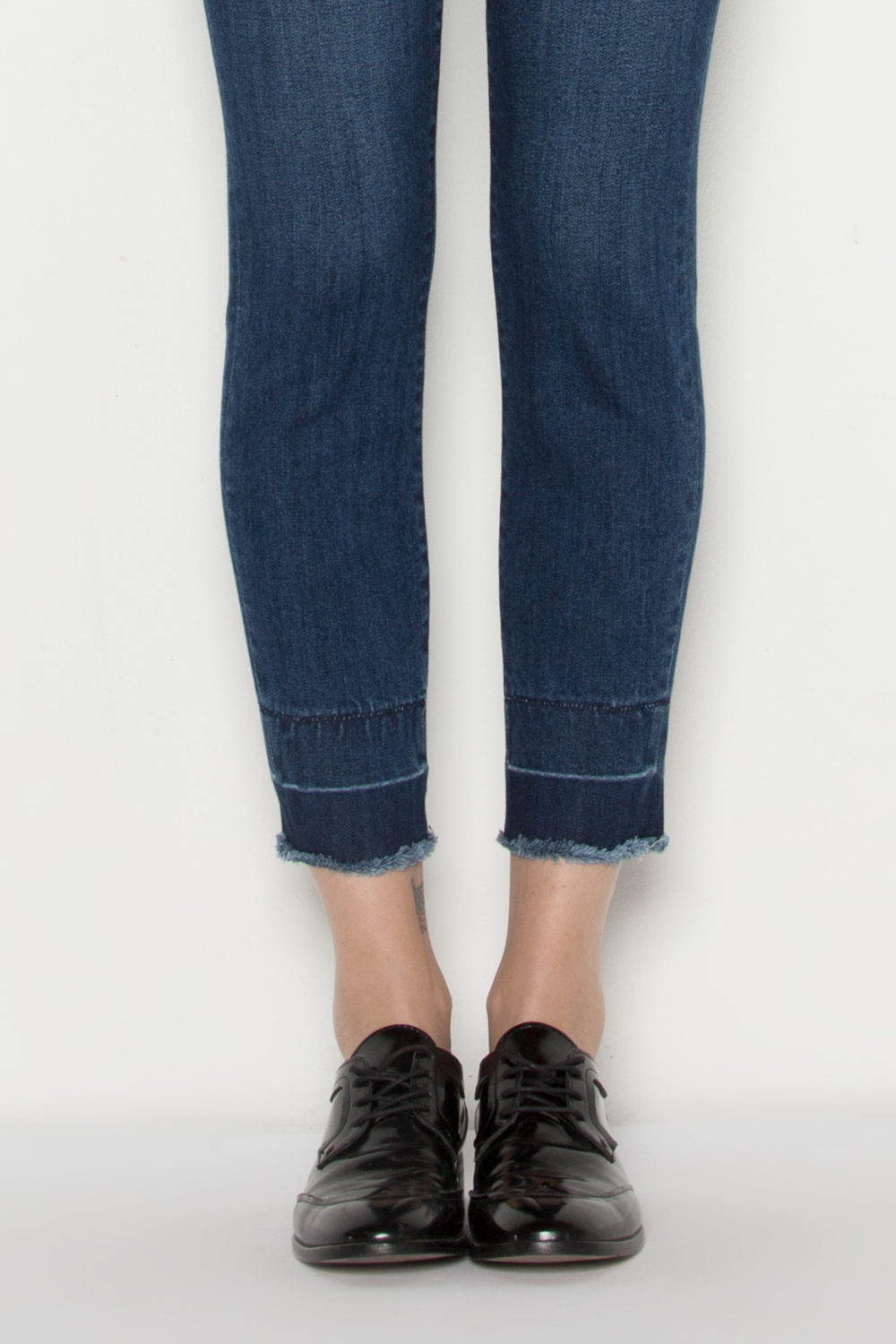AVA CROP SKINNY IN MERCER
