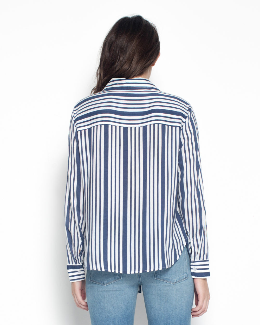FRONT TIE BLOUSE IN NAVY/WHITE