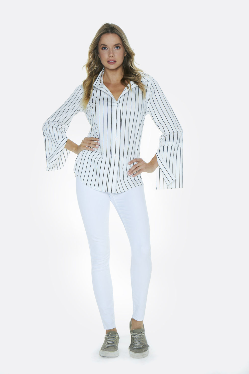 SPLIT SLEEVE BLOUSE IN BLACK/WHITE